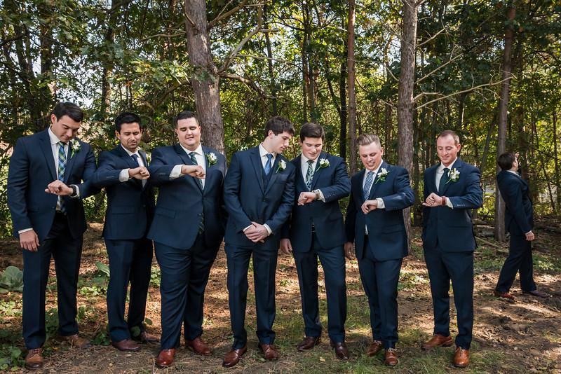 IMAGE: https://blakec-photography.smugmug.com/Saucier-Christie-Wedding/i-bMnWNCz/0/L/Saucier_071-L.jpg